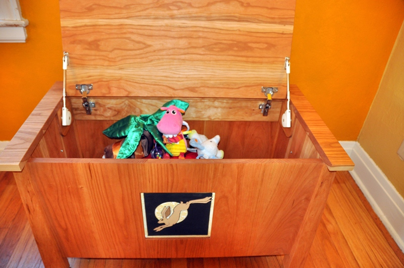 Toy chest inside view